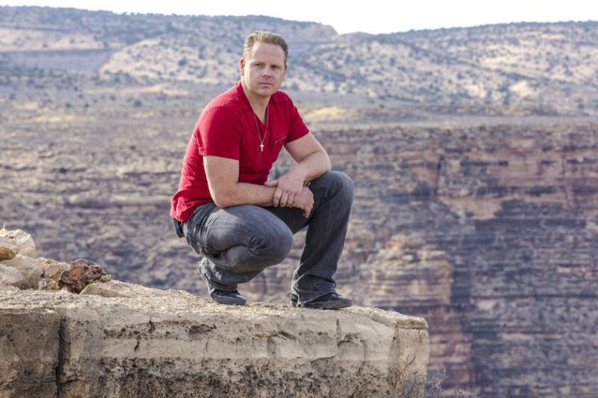 'Skywire Live With Nik Wallenda'