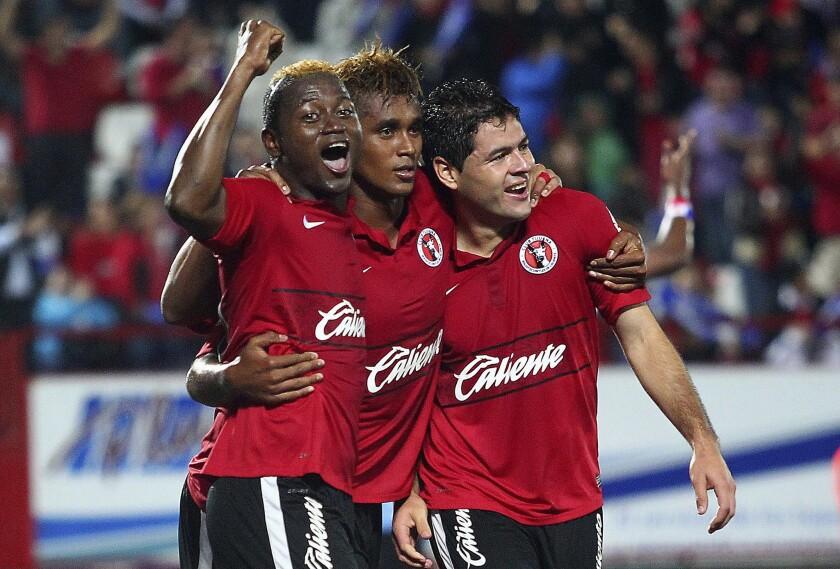 Tijuana v Toluca - Apertura 2012