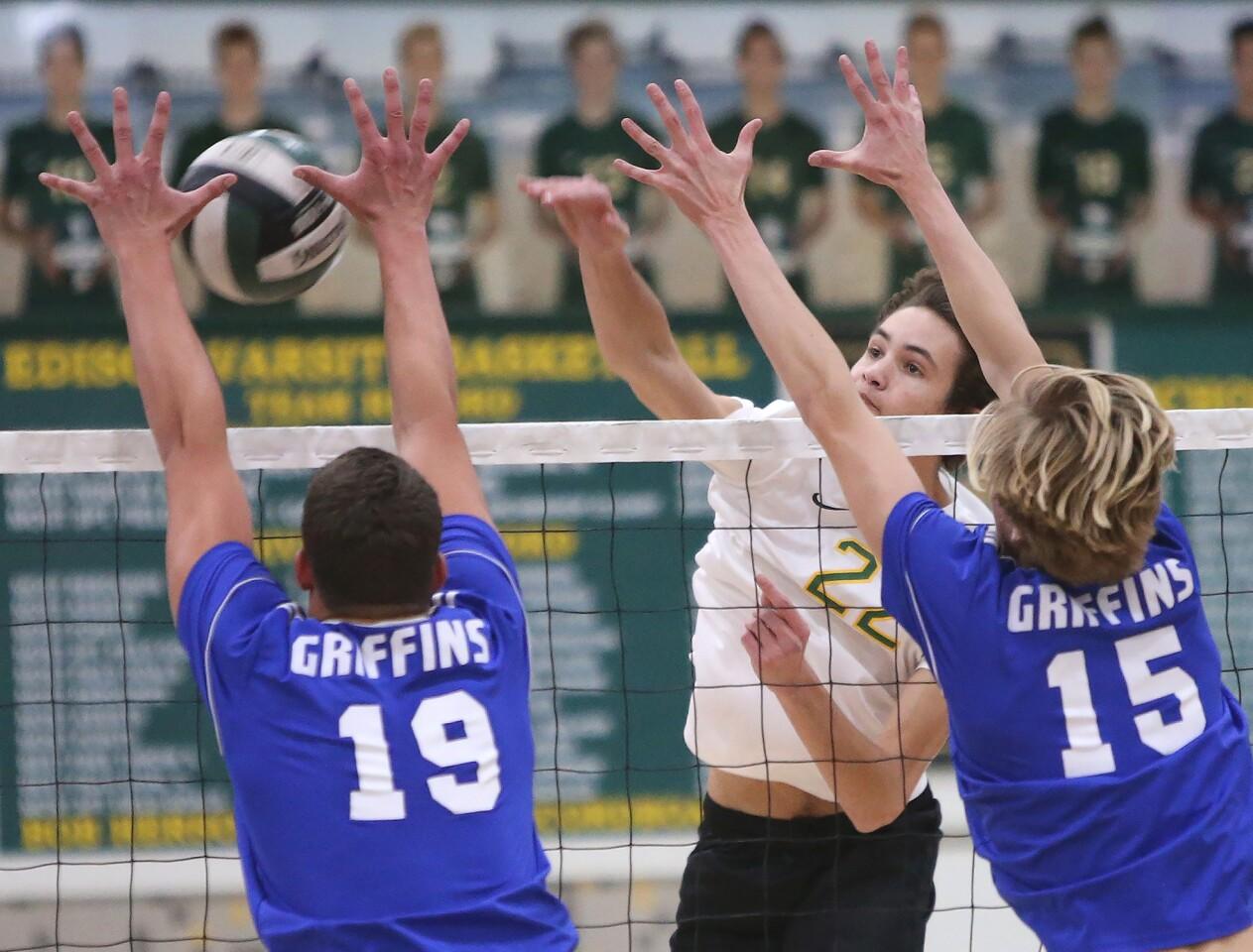 Photo Gallery: Edison vs. Los Alamitos in boys' volleyball