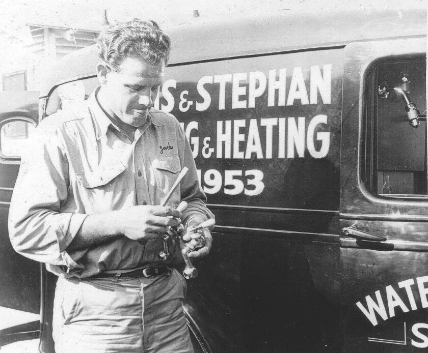 Jack Stephan dies at 96; plumbing company was known for 'Adee do!' ads