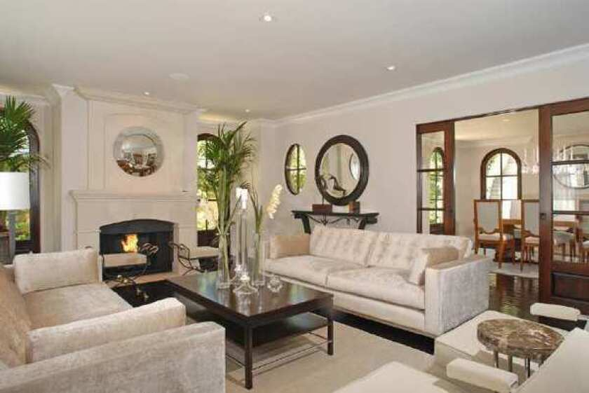 Kim Kardashian sells in Beverly Crest and buys in Bel-Air