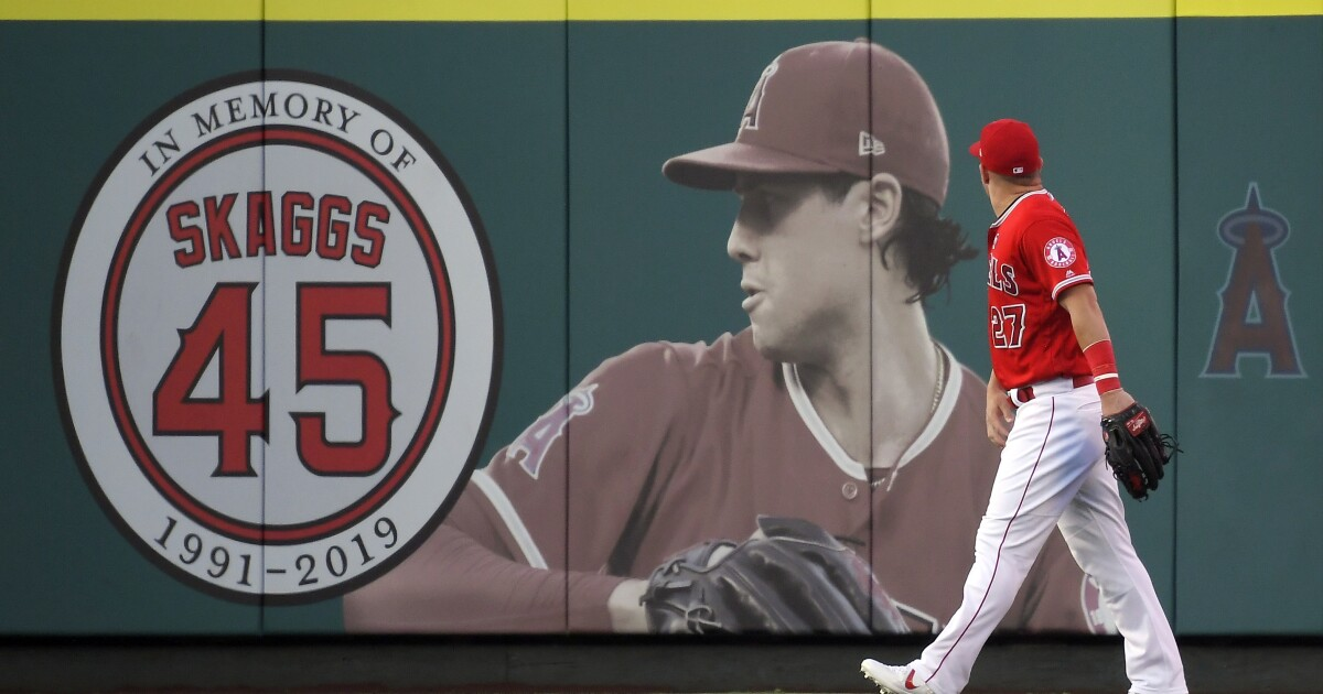 Deadline to indict Eric Kay in Tyler Skaggs case delayed as plea bargain is discussed