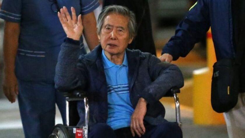 El anuncio de nuevo juicio al exmandatario se produce a casi dos meses de un indulto presidencial que concedió la libertad a Fujimori, quien cumplía una sentencia de 25 años por abusos contra los derechos humanos y corrupción.