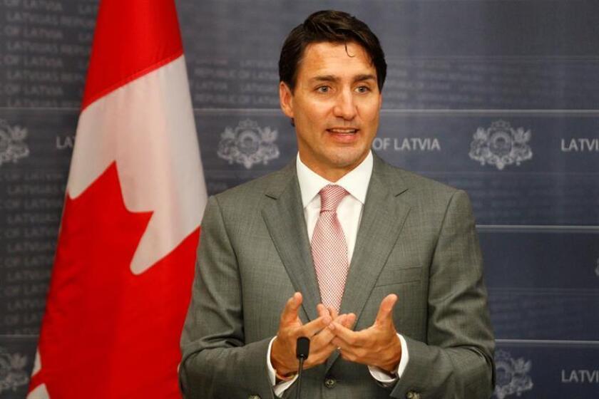 El Gobierno canadiense anunciará mañana el perdón a sus condenados por posesión de marihuana, coincidiendo en el día con la legalización del consumo recreativo de cannabis en todo el país. El n la imagen el primer ministro, Justin Trudeau. EFE/ARCHIVO