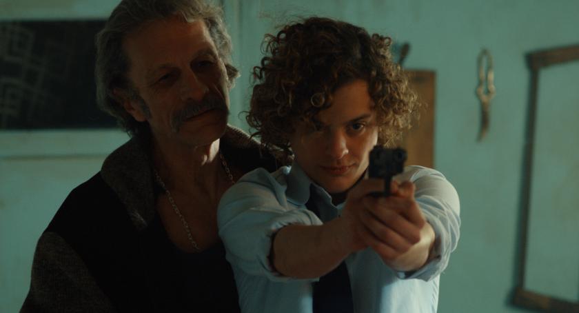 """A la der., Lorenzo Ferro en una escena de la película argentina """"El ángel"""", desde hoy en salas de L.A. y Nueva York."""