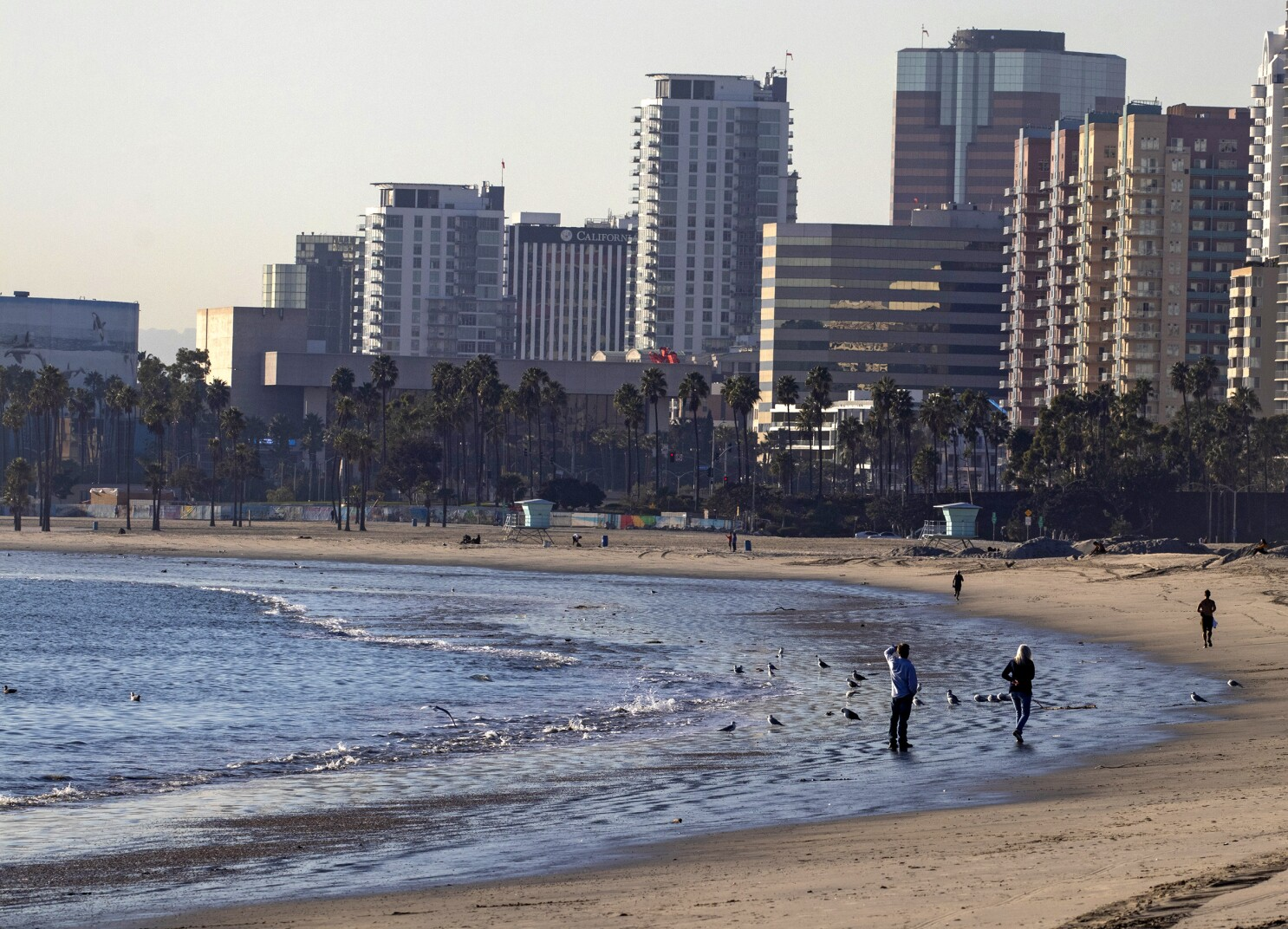 Wave Goodbye Long Beach Breakwater Won T Be Removed Los Angeles Times