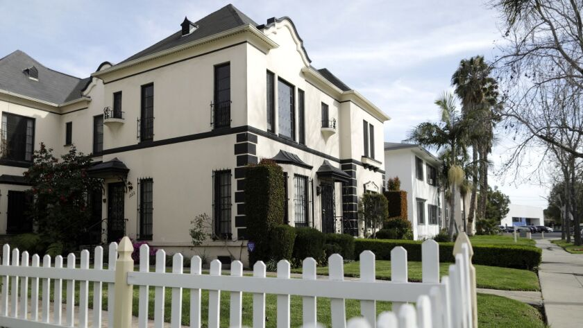 A home in Los Angeles' South Carthay neighborhood.