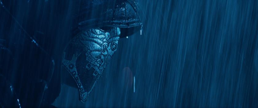 """Una escena de """"El Chicano"""", la nueva cinta en la que Raúl Castillo interpreta a un 'vigilante' muy particular."""