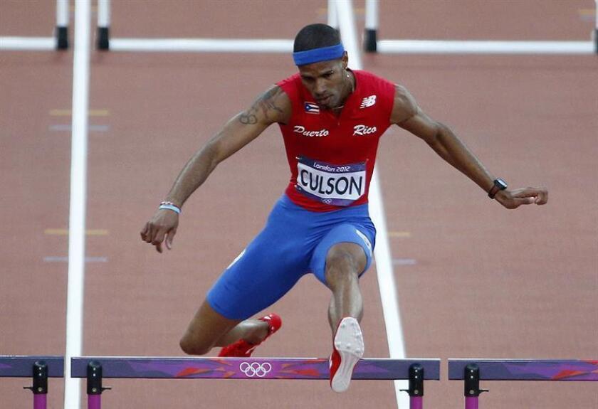 Fotografía del atleta puertorriqueño Javier Culson durante la semifinal de los 400 mts. valla en el Estadio Olímpico de Londres (R.Unido). EFE/Archivo