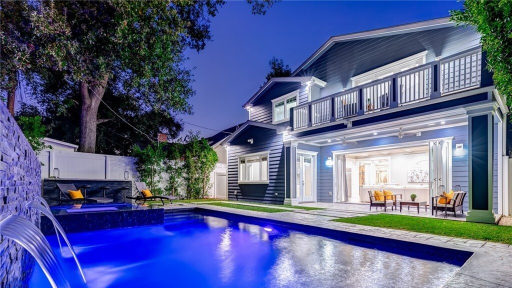 Hot Property | Ne-Yo