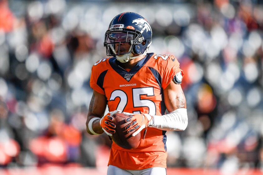 Former Denver Broncos cornerback Chris Harris agreed to a deal with the Chargers on Wednesday.