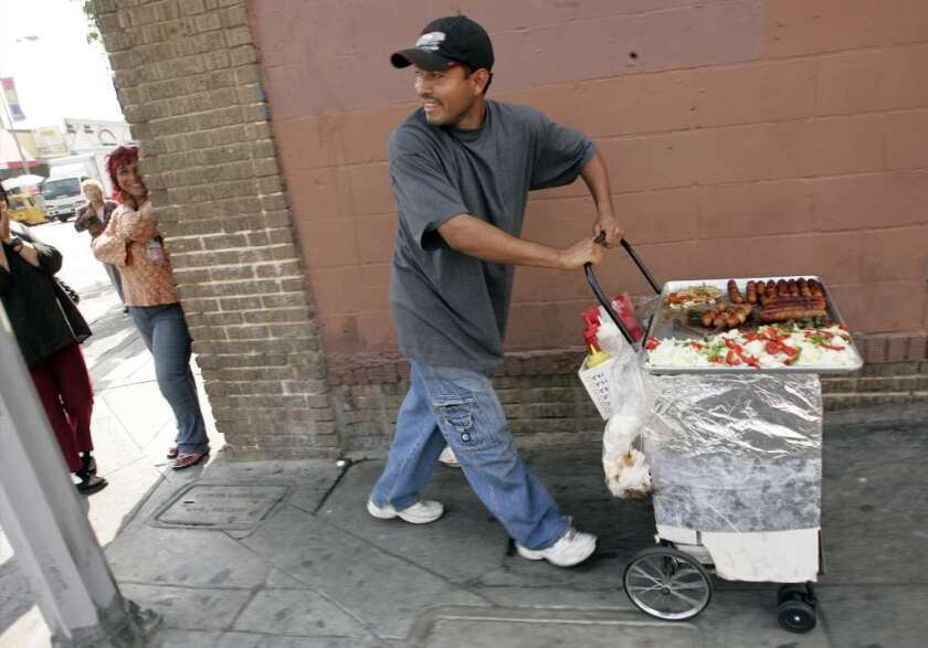 2 L.A. City Council members want to legalize, regulate street vendors