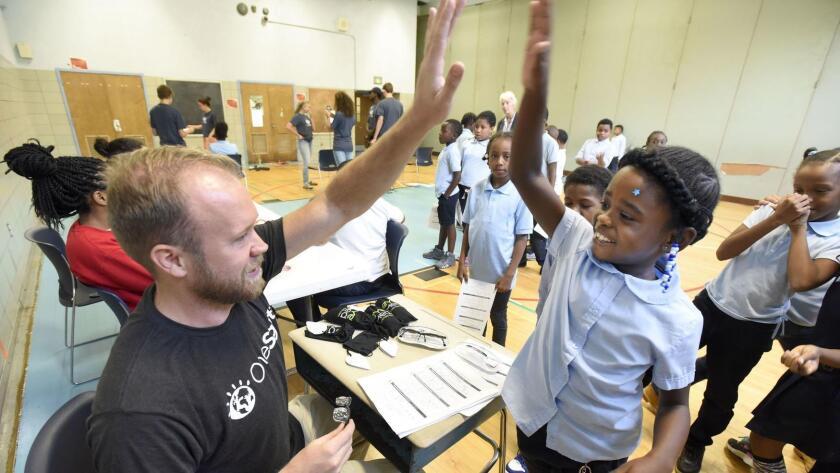 El nuevo sistema ayudaría a evaluar mejor la calidad de las escuelas de California.