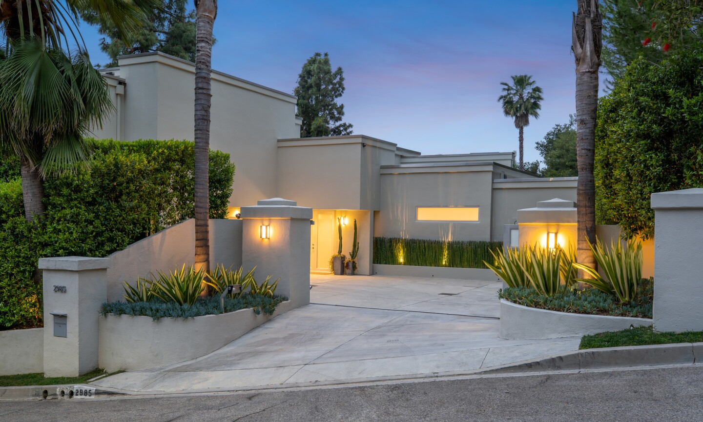 Joe Walsh's Beverly Hills Post Office-area home   Hot Property