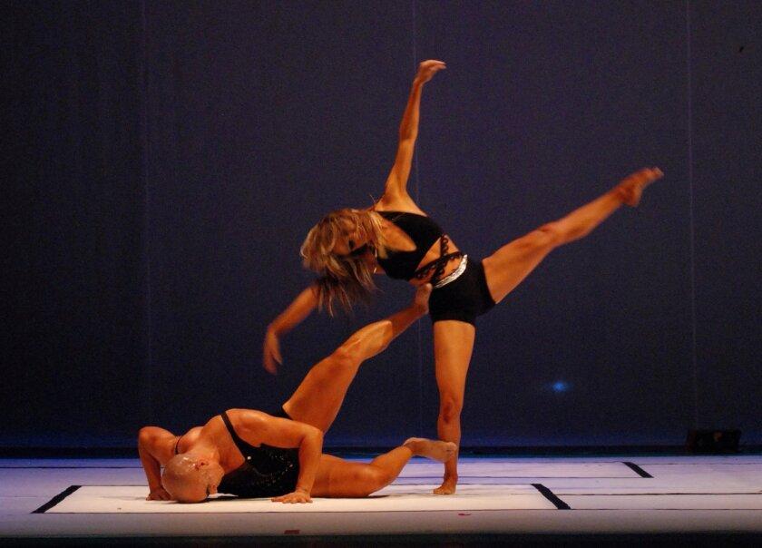 "DANCE---XII Blurred Borders, International Dance Festival---(Mexican company ""Subterraneo Contemporary Dance Company."" No photo credit.) SOURCE: Rincon Dance [rincondance@pacbell.net]"