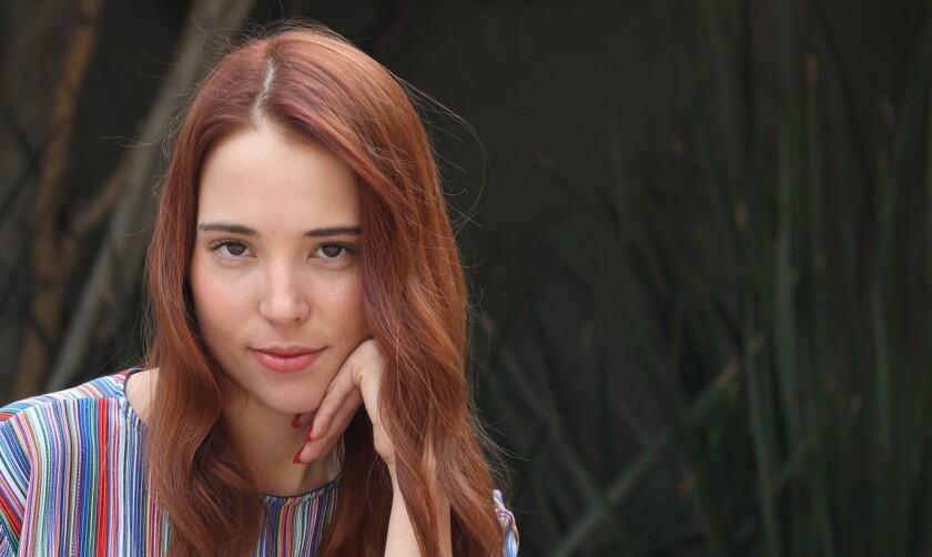 La hija de Antonio Aguilar Jr, se abre camino como cantante también.