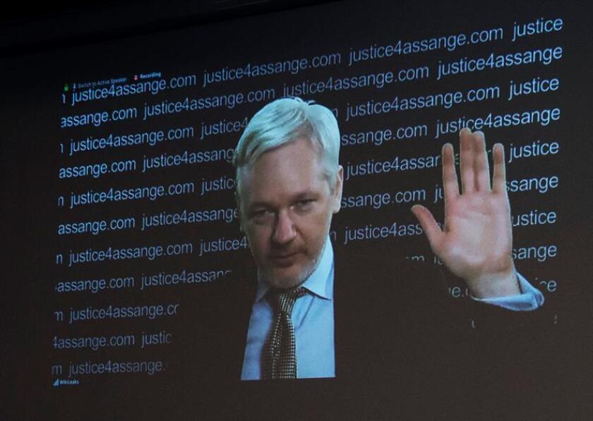 La abogada de Julian Assange, Jennifer Robinson, consideró hoy que la imputación al fundador de Wikileaks en Estados Unidos sienta un precedente al ejercer jurisdicción fuera de sus fronteras con la persecución de un editor por publicar desde el exterior información relevante sobre el país. EFE/ARCHIVO