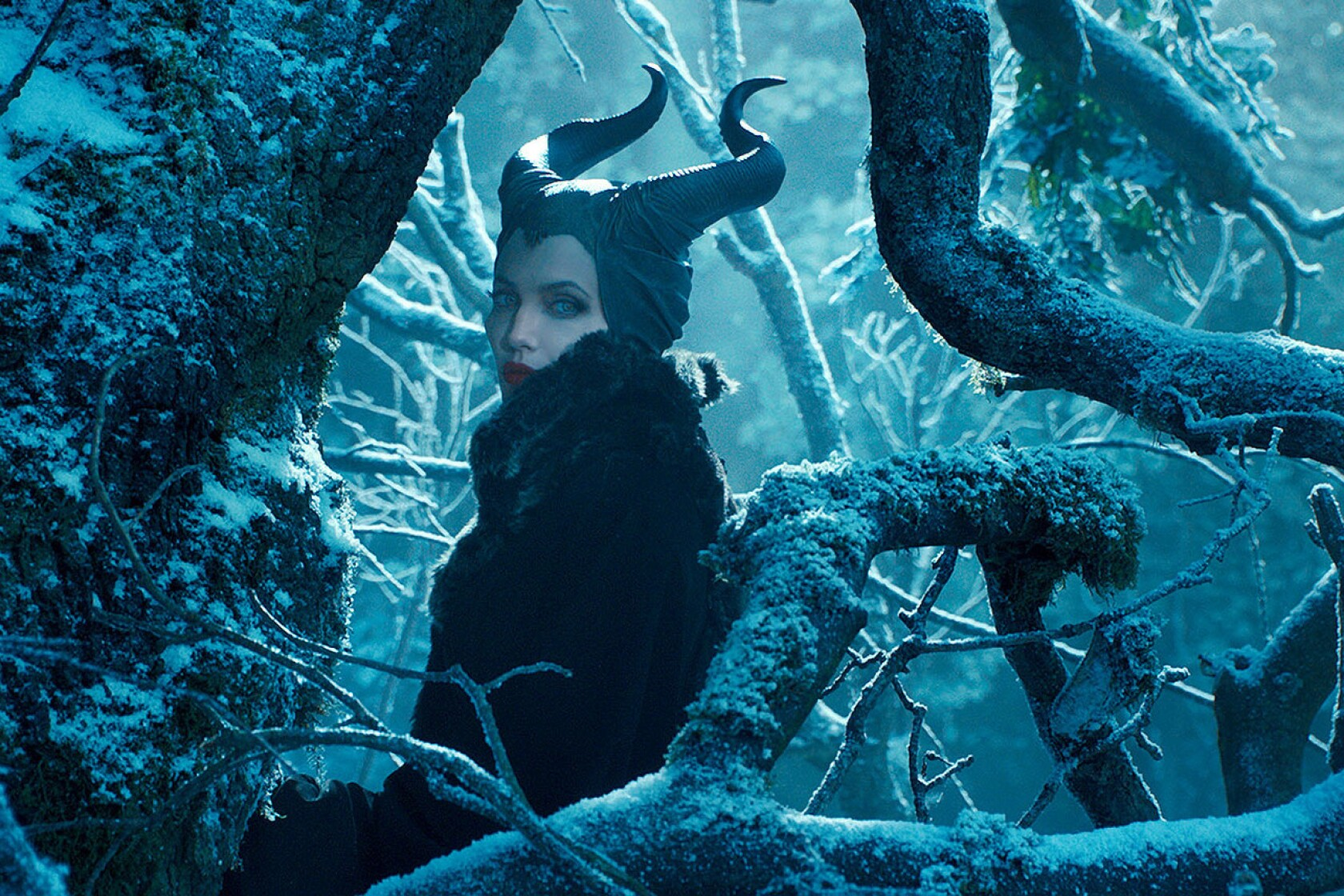 Watch Angelina Jolie in the 'Maleficent' trailer just released