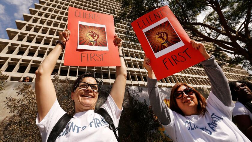 LOS ANGELES, CA – FEBRUARY 12, 2018: Deputy Public Defenders Jan Datomi, left, and Susan Roe, righ
