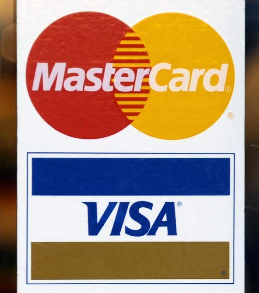 The Visa and Mastercard logo. EFE/EPA/FILE