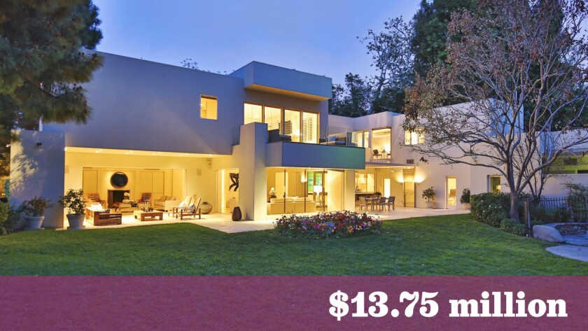 Beverly Hills contemporary sells for $13.75 million