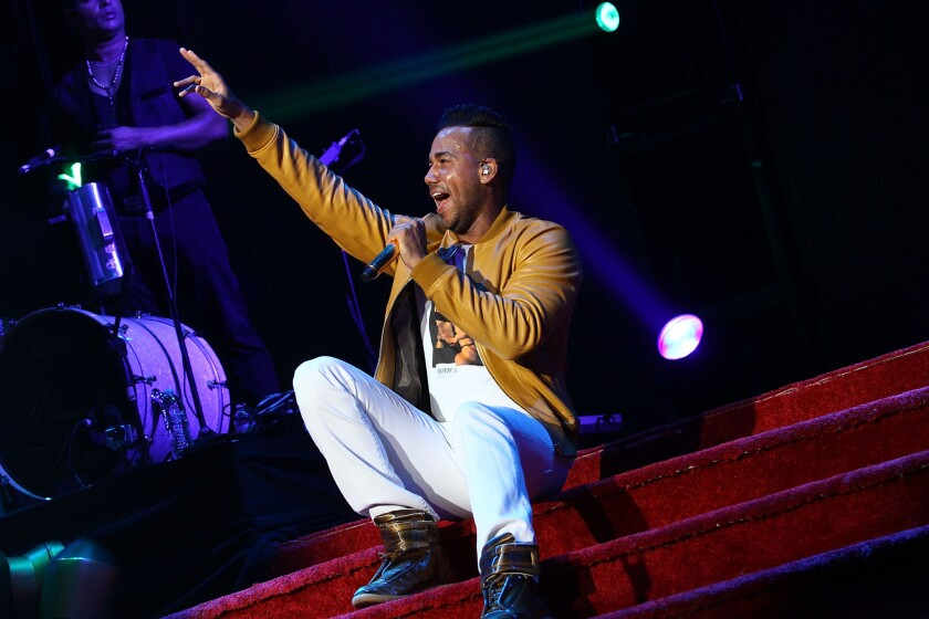 Review: Romeo Santos comes on like a king at Staples ...