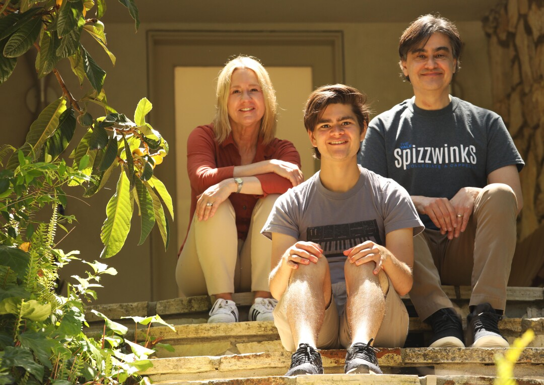 Dylan Schifrin with his parents, Lissa Kapstrom and Will Schifrin