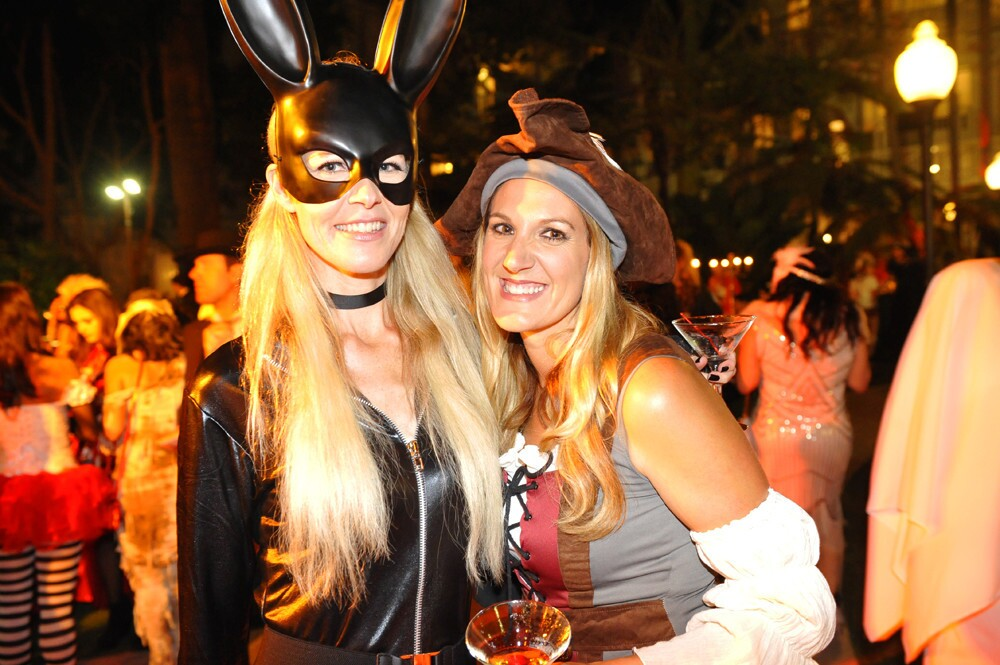 A haunting soiree was held at the Hallo-wine & Spirits Party at the Hotel Del Coronado on Saturday, Oct. 28, 2017.