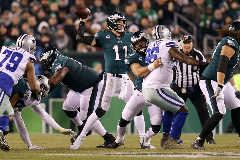 Carson Wentz and Eagles deny NFC East crown to Cowboys in win - Los Angeles  Times