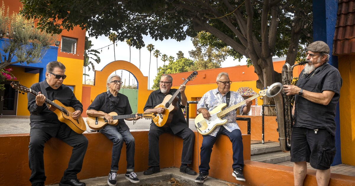 Los Lobos nearly called it quits last year. Lucky for L.A., they made a covers album instead