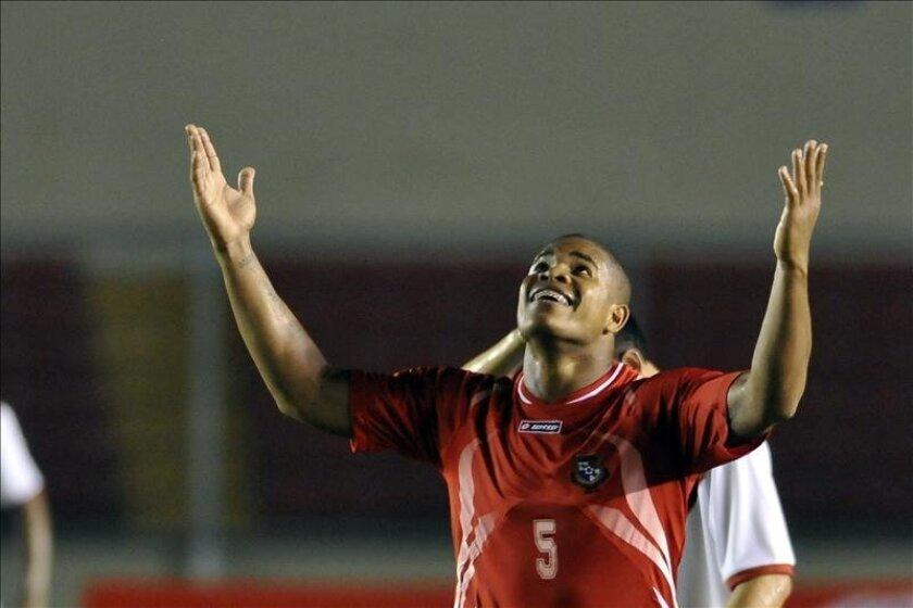 El panameño Gabriel Torres(en la foto) a los 15 minutos y Juan Falcón a los 24 sellaron la conquista del título de la temporada 2012-2013. EFE/Archivo