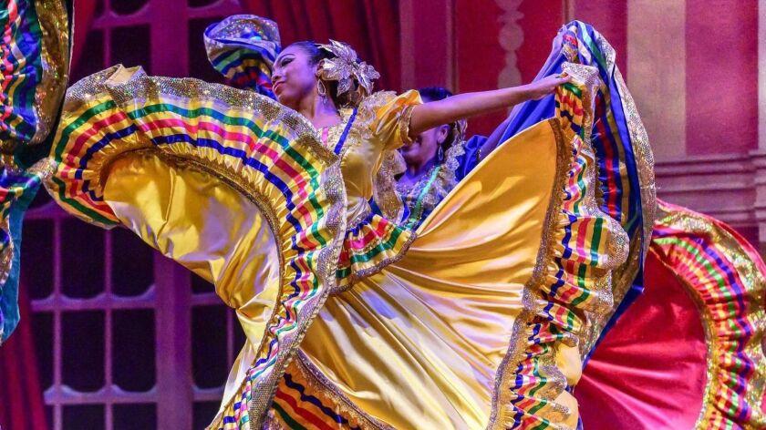 Ballet folklórico company Paso de Oro
