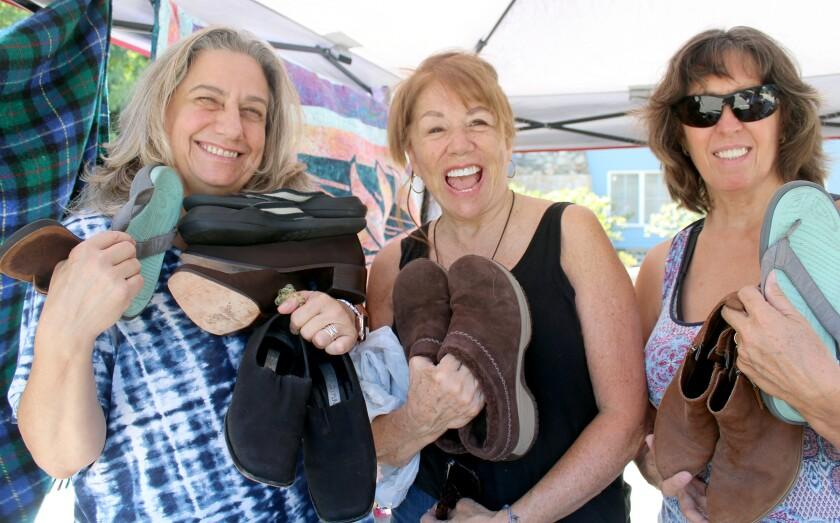 La Crescenta Woman's Club Shoe Drive