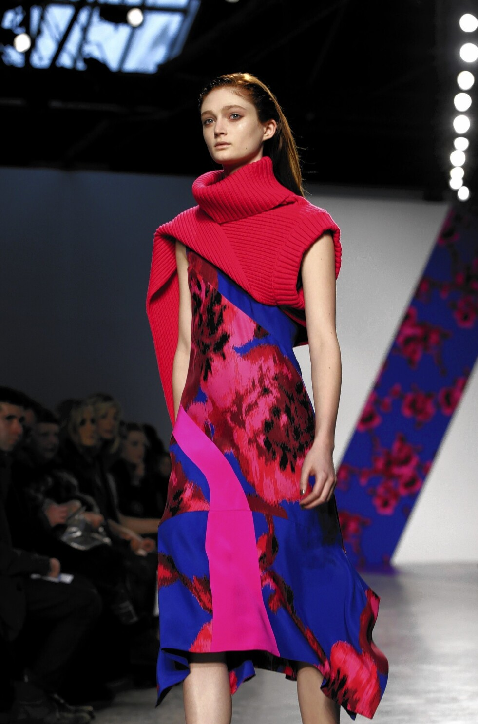 Workplace Trumps Glamour At New York Fashion Week Los Angeles Times
