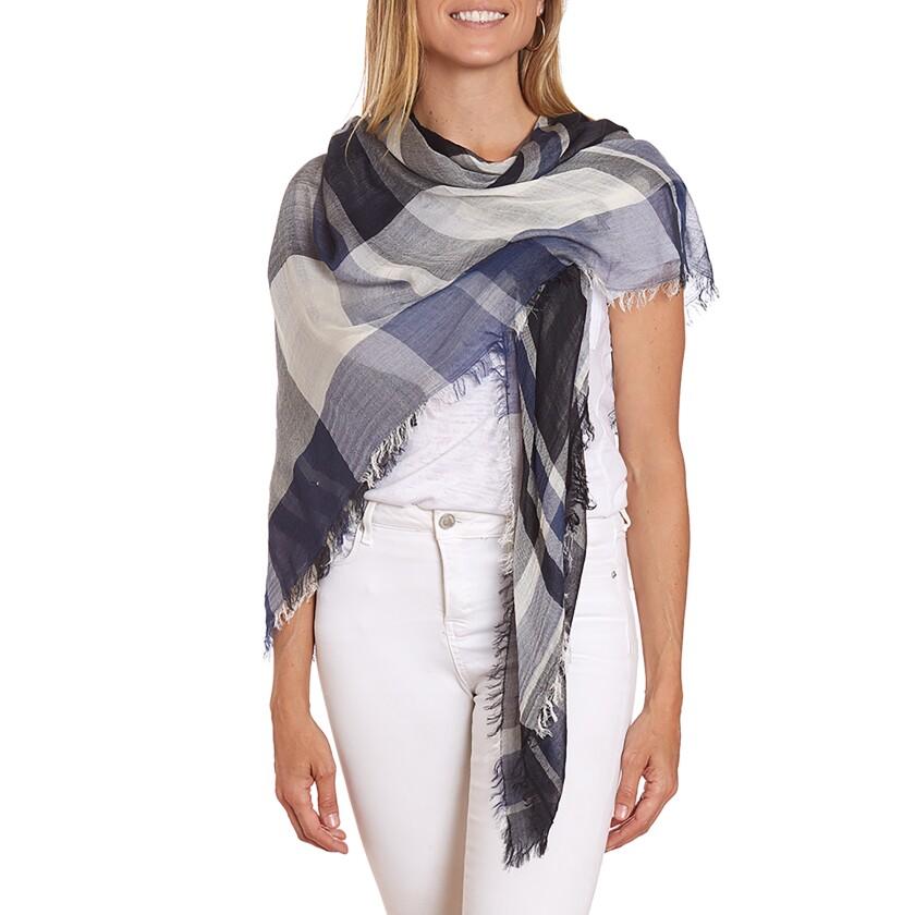Lulu Dharma scarf