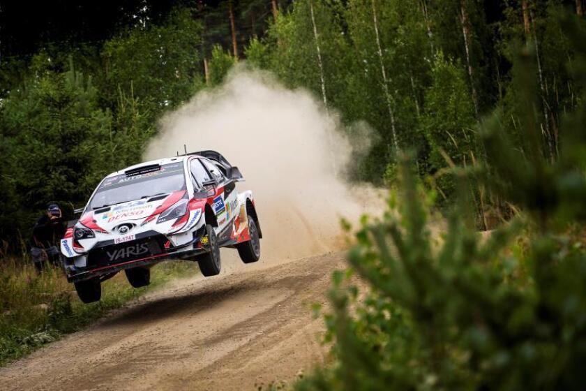 Ott Tanak de Estonia conduce su Toyota Yaris WRC RC1 durante el segundo día del Rally de Finlandia como parte del Campeonato Mundial de Rally (WRC) cerca de Jyvaskyla, Finlandia. EFE/EPA/REPORTER IMAGES