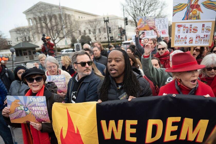 Joaquin Phoenix, Martin Sheen join Jane Fonda's final D.C. climate protest