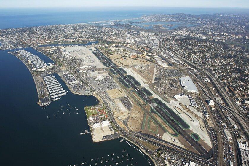 The single runway San Diego International Airport.