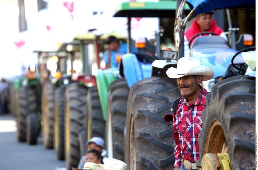 Foto de archivo de campesinos en México.