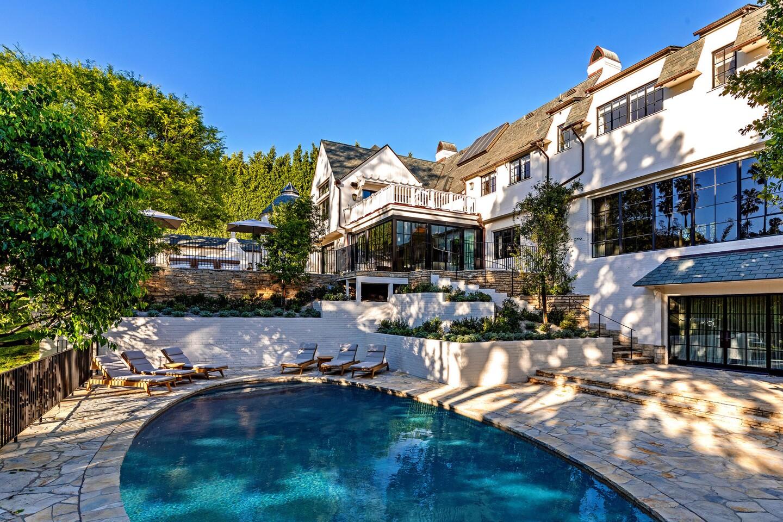 Hot Property | Adam Levine/Ellen DeGeneres