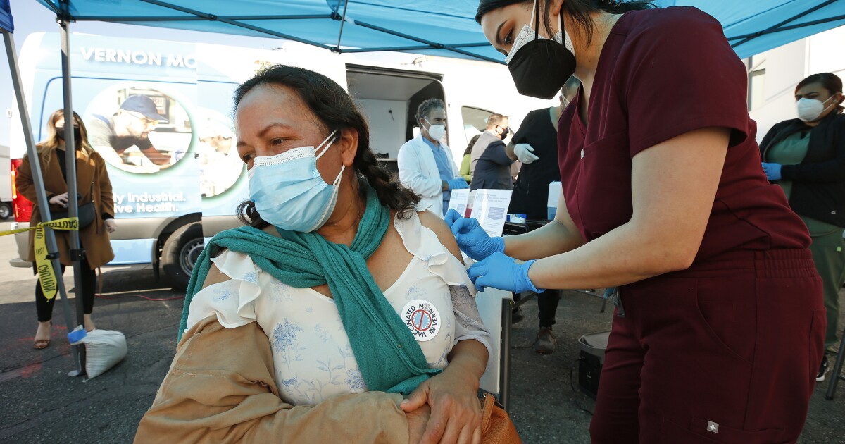 A mobile clinic brings vaccine to Vernon workers - Los Angeles Times