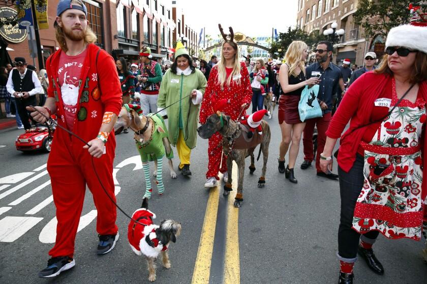 Gaslamp Holiday Pet Parade