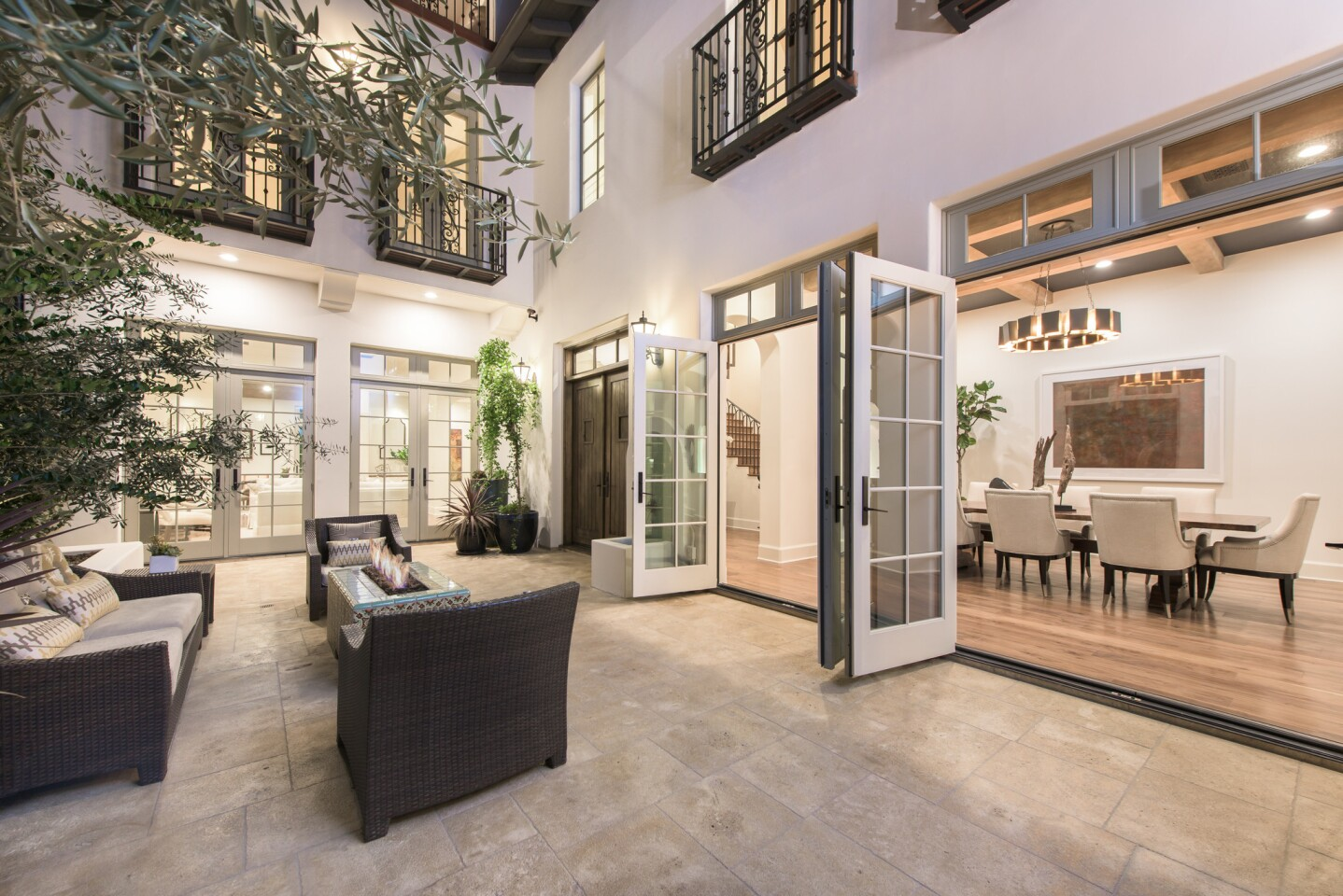 Home of the Day: Urban oasis in Century City
