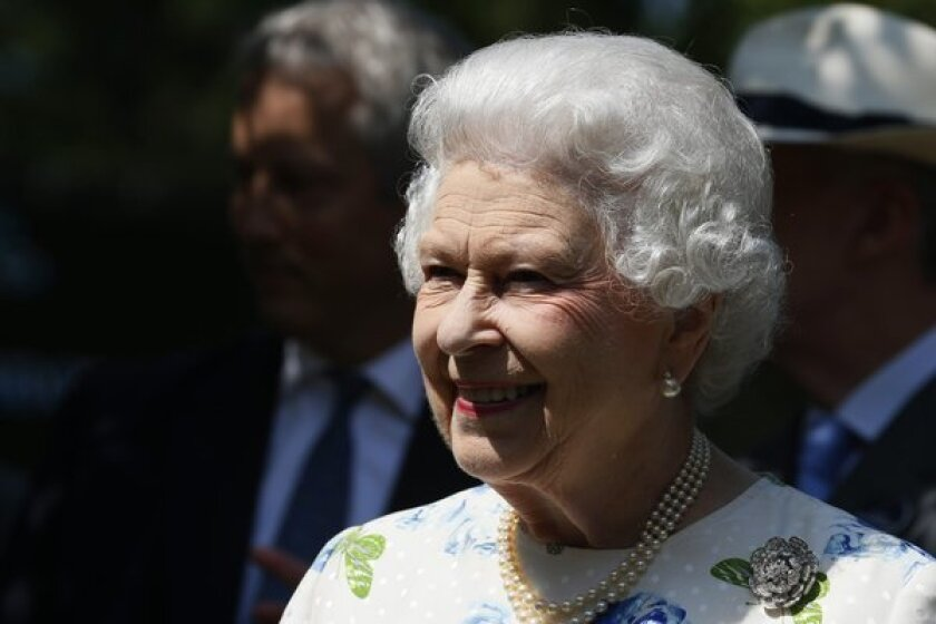 Queen Elizabeth gives official OK to same-sex marriages in Britain