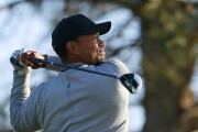 Tiger Woods signs with TaylorMade