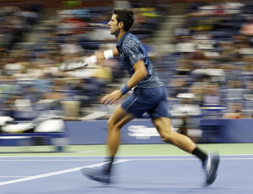 El tenista serbio Novak Djokovic (Imagen), sexto cabeza de serie, venció hoy por 6-3, 7-6 (4) y 6-3 al argentino Juan Martín del Potro, tercer favorito, en la final masculina y se proclamó nuevo campeón del Abierto de Estados Unidos. EFE