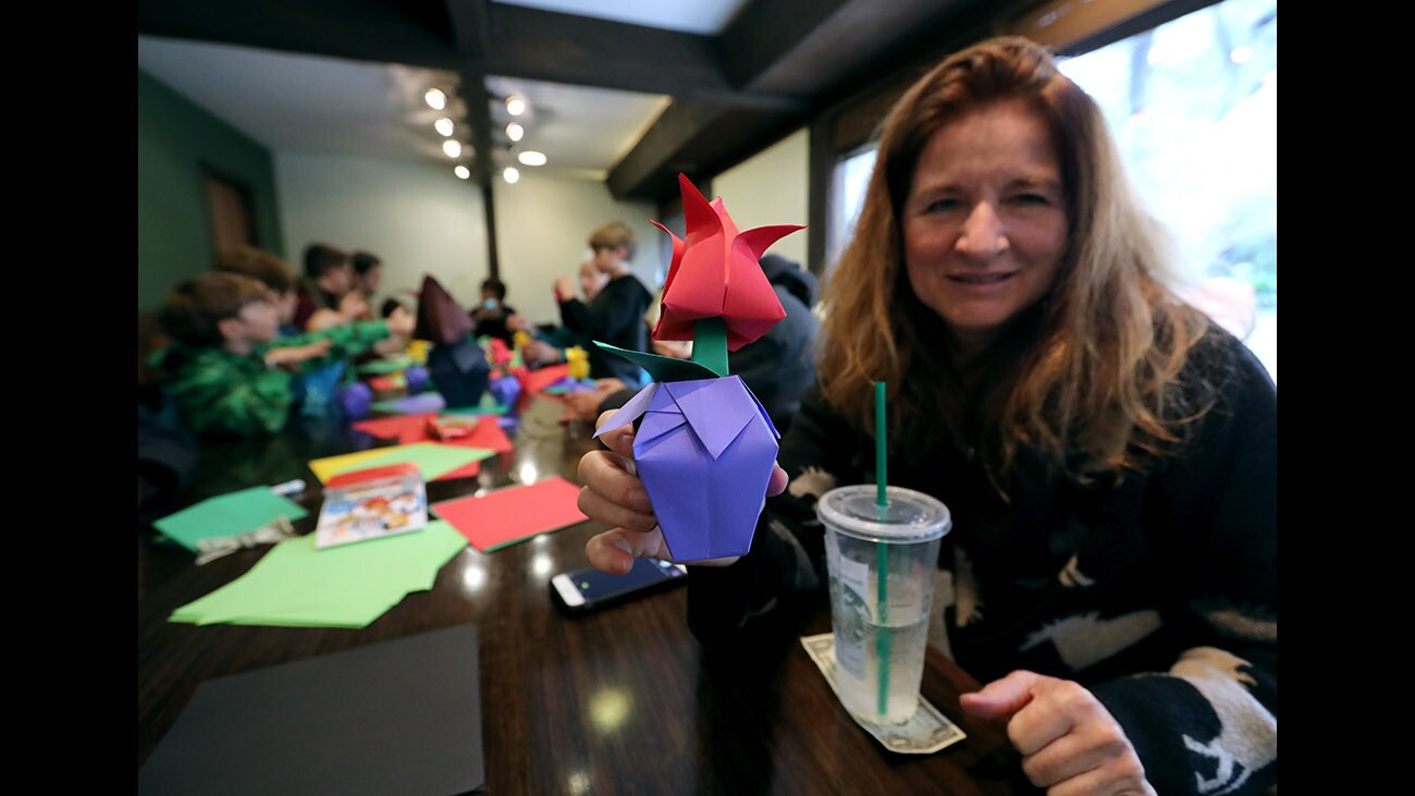 Photo Gallery: Origami class at Descanso Gardens