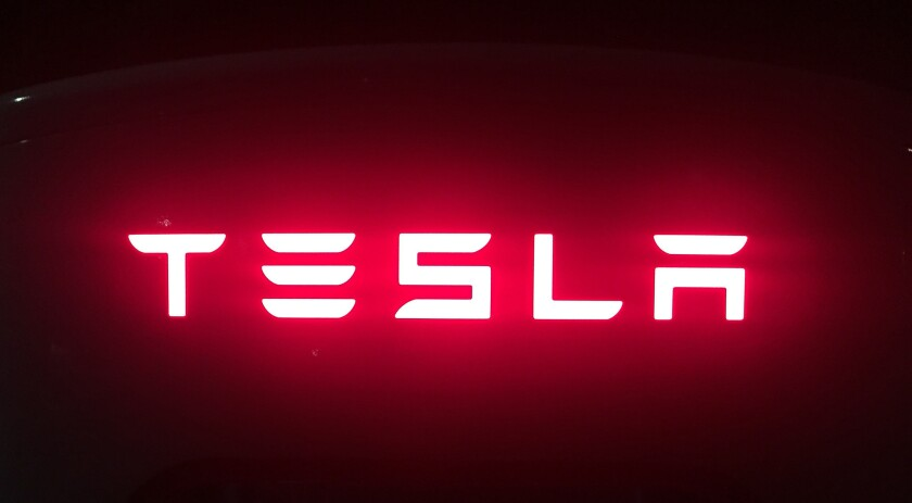 For the full year, Tesla said it lost $773 million on $7 billion in revenue, compared with a loss of $887 million on $4.04 billion in revenue in 2015.