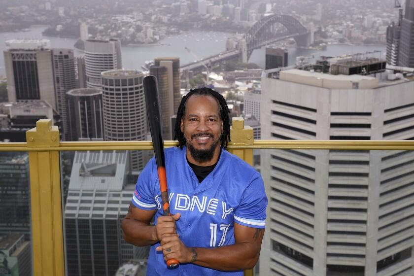El dominicano Manny Ramírez posa para una foto en Sydney, el 2 de diciembre de 2020 (Dan Himbrechts/AAP Image via AP)