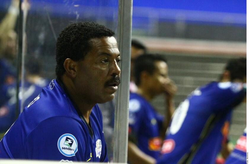 Zizinho terminó jugando futbol rápido en Monterrey.
